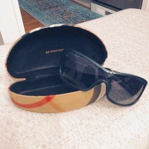 Burberry Shield Sunglasses B8482/S